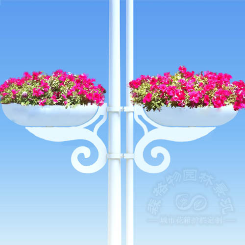 电线杆装饰铁艺花盆