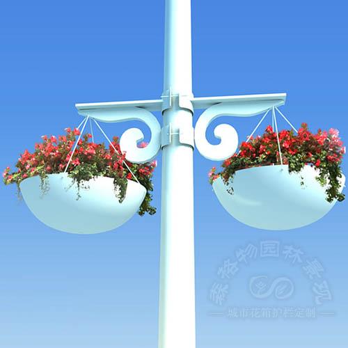 电线杆吊挂花盆