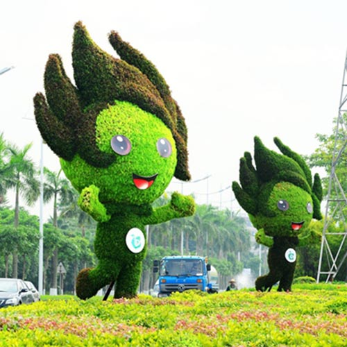 动漫卡通雕塑,绿色植物雕塑,植物立体花坛