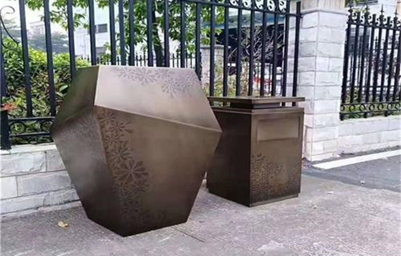 不锈钢花箱的优势在哪?