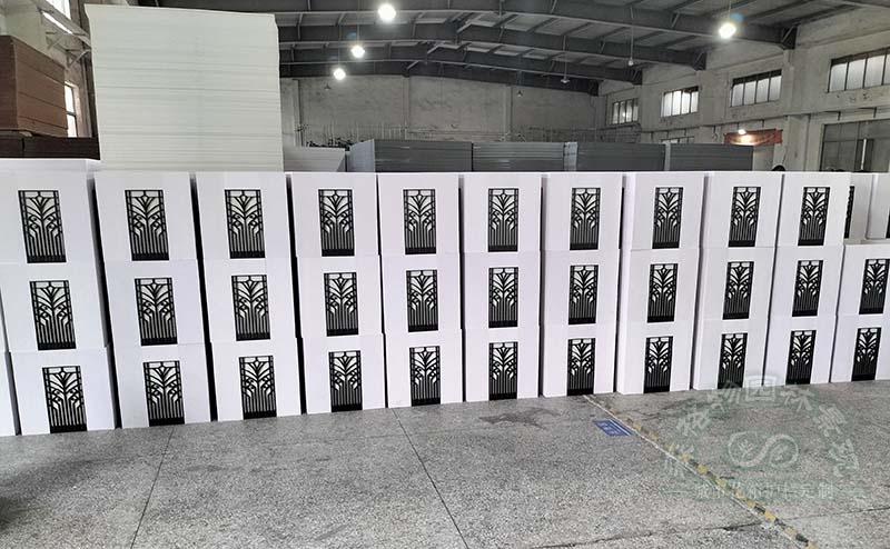 PVC花箱的材料是如何制作的?