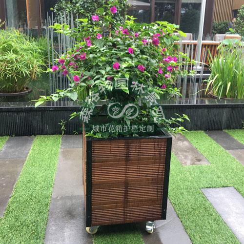 菠萝格防腐木花箱