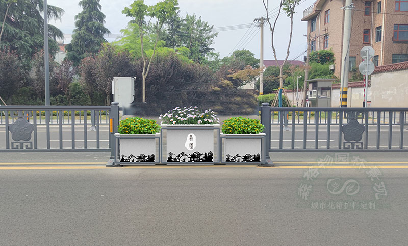 道路护栏花箱引领城市潮流