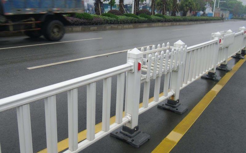 锌钢护栏原材料质量如何区分?