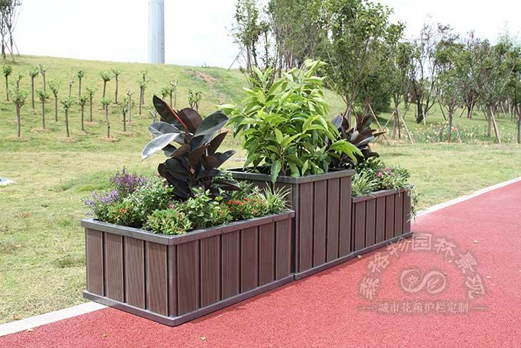 户外景观花箱的常规用材有哪些?