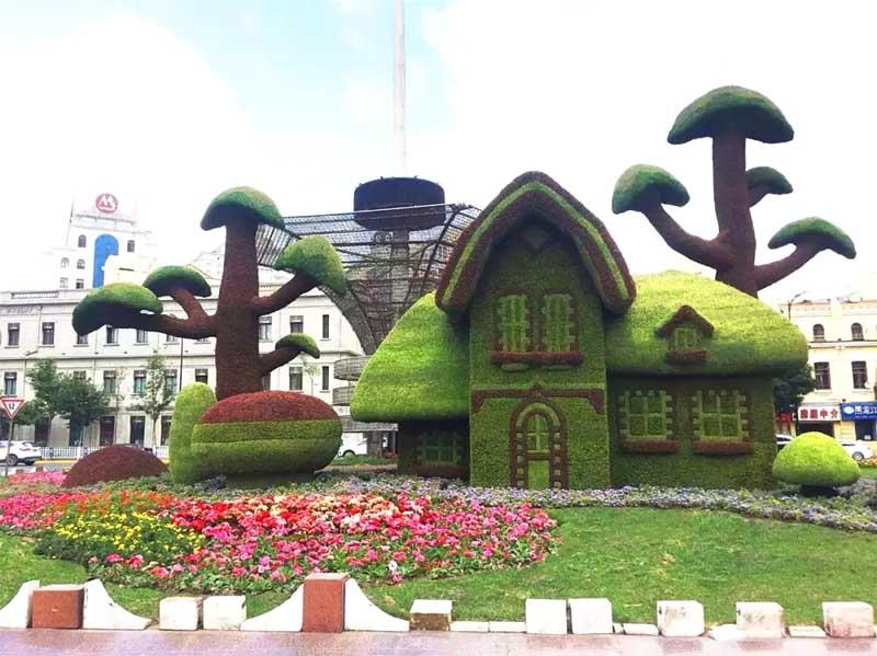 仿真人造绿色雕塑为何如此火爆?仿真绿雕的优点是什么?